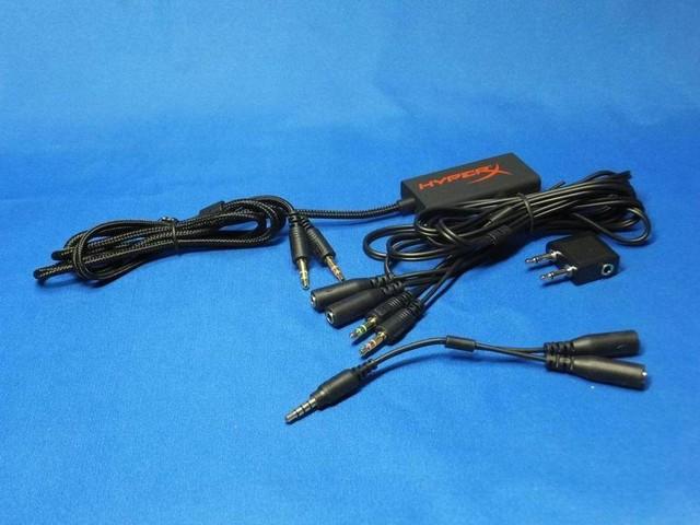 標準で付属する各種ケーブル&アダプター類によって活用の幅が広がる。