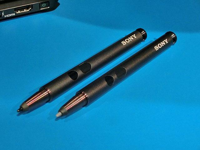 2つの顔を持つソニーのUltrabook!実機写真で見る「VAIO Duo 11」