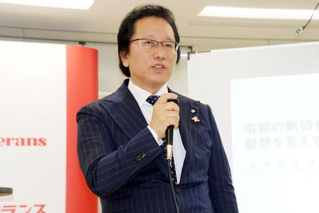 アデランス代表取締役社長津村佳宏氏