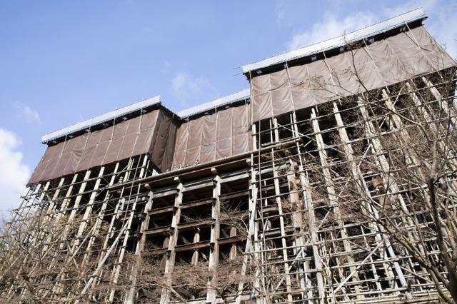 清水寺の舞台は改修工事中で2021年に完了予定