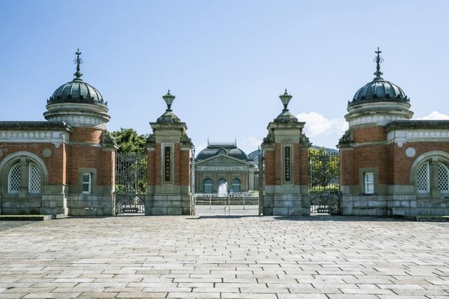博物館の建物自体が貴重な京都国立博物館