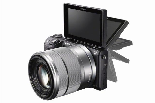 スマホでシャッター+デジタル一眼レフ画質のAPS HDセンサー搭載ミラーレスデジ一眼「NEX-5R」を発表