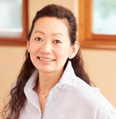 高橋暁子さん