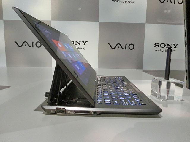 """索尼超极本2面! """"VAIO Duo 11""""在真机照片中看到"""