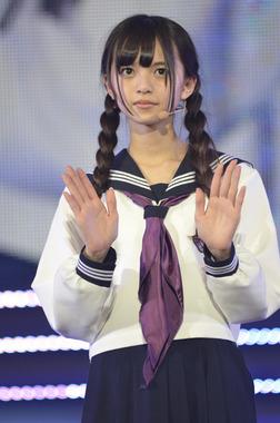 秋田の山奥出身生駒ちゃんと母親がミャンマー人でミャンマーのハーフのあしゅりんこと斉藤飛鳥ちゃん! エビ中のぁぃぁぃひなちゃんりななん安本さんと同い年。