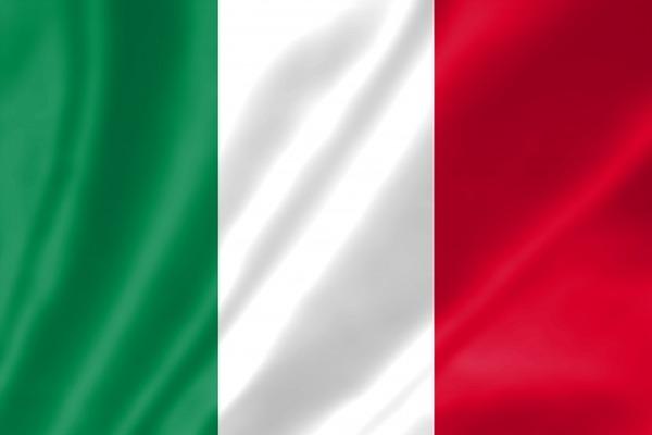 â0555837880cf86é9d5ee7331é8accb7_sイタリア2