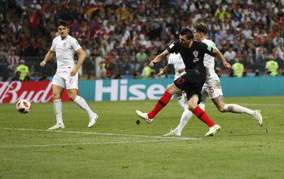 クロアチア初の決勝進出!またも死闘3戦連続延長でイングランド下す