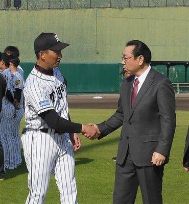 阪神球団社長、後任監督「まだ、これから」辞任に驚き