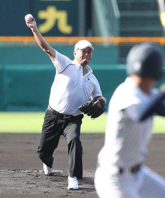 金村氏夏の甲子園レジェンド始球式でのワンバン投球は痛風のためと明かす「前日に座薬を7つ…」