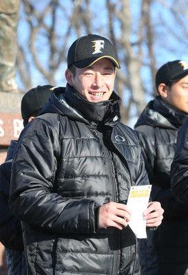 ハム・吉田輝星背番号「18」に決定!大志の誓い「日本一の投手になる」