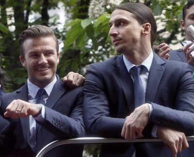 イブラとベッカム氏、スウェーデン対イングランドの大一番前に賭けの約束