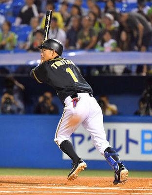 阪神鳥谷15年連続本塁打「悲しいんだか」最遅苦笑