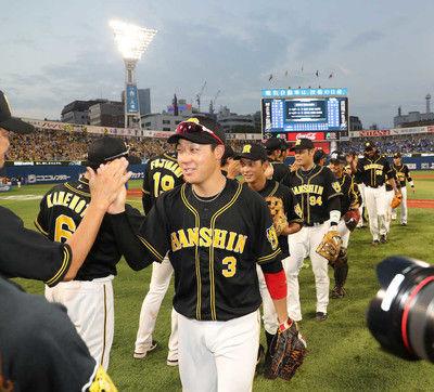 阪神20点爆勝の主役は大山!1回2発含む3アーチ藤浪復帰投に「同い年の僕が助けてあげたいなと」