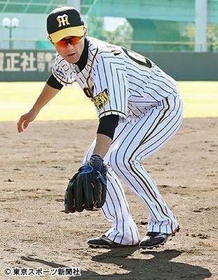 """阪神上本の""""玉突き""""FA流出を心配"""