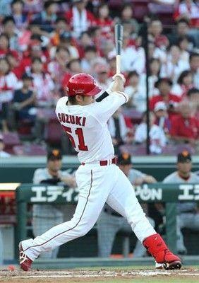 広島・鈴木誠也、左へ右へ2本塁打3年連続20号に到達、6連勝貢献