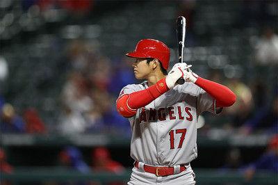 【MLB】大谷翔平、左腕相手に2打席連続見逃し三振2打席目はスライダーに手が出ず