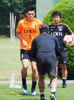 【鹿島】植田のベルギー決断に本田の後押し「外に出なければサッカーを知ることはできない」