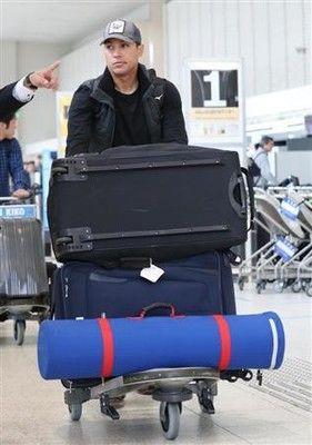 阪神・ナバーロが帰国、残留熱望も