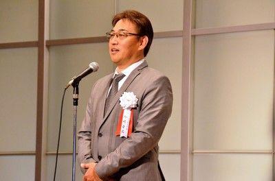 日本ハム西崎OB会長「すごいでしょうね」ドラ1吉田の女性人気に太鼓判