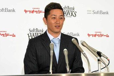 広島鈴木が大幅増で1.6億円、鷹・川島は現状維持…24日の主な契約更改