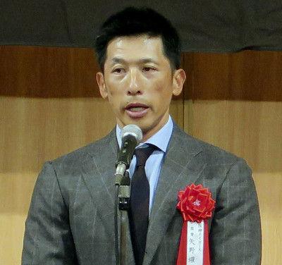 掛布氏と岡田氏は会話せず…阪神OB会に漂ったビミョーな空気