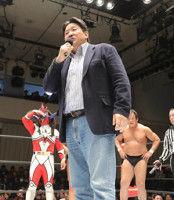 前田日明、セコンドで登場も乱入はなし、復帰は「ダメですね」と否定