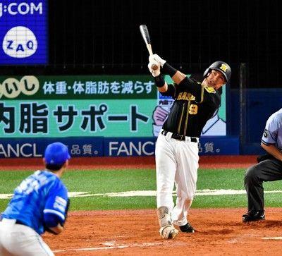 阪神・ナバーロが来日初の猛打賞打線爆発12安打8得点で3連勝