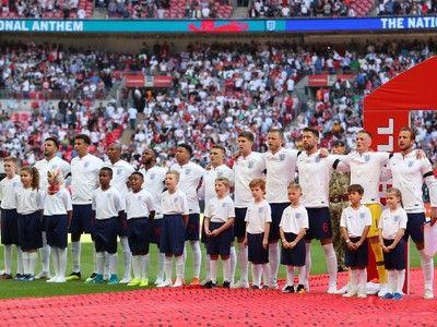 ケインが9番、バーディが11番、10番は…W杯に臨むイングランドの背番号決定