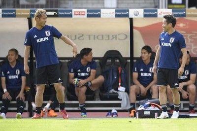 「もっとやらなければ」スイスに敗れるも…本田と長友は前を向く「失望してない」