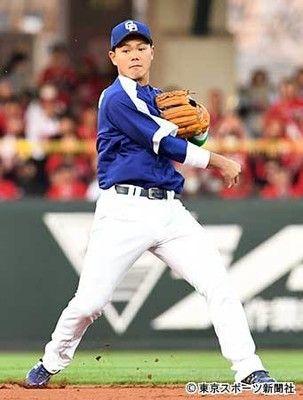 大下剛史氏が指摘「中日・小笠原の調子崩した高橋周平の二塁守備」