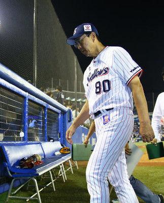 ヤクルト小川監督「波がある」8連敗で前半戦終了