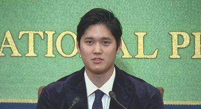二刀流でメジャー新人王!大谷翔平選手が凱旋会見「結婚の予定は…」