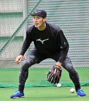 日本ハム・大田三塁守備の理想は巨人村田コーチ「本当にうまかった」