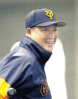 """【巨人】村田コーチ、丸にアドバイス「胸を張ってやればいい」FA移籍""""先輩"""""""