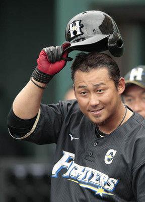 日ハムFA宮西「2年5億円」残留で中田翔の来季年俸どうなる