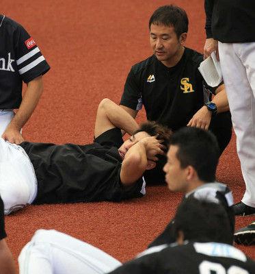 打球直撃で救急搬送のソフトB柳田、左側頭部打撲と診断今後は状態を見て判断
