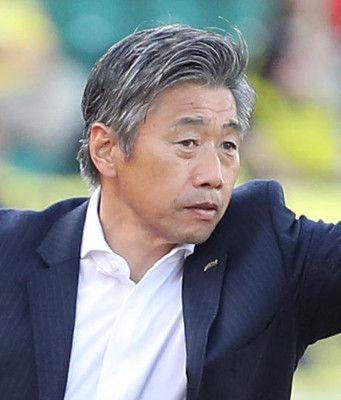 J2大宮、新監督に高木琢也氏の就任決定的今季限りで長崎監督退任