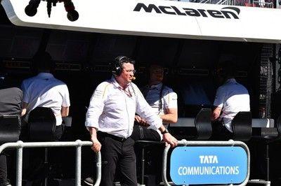 マクラーレンF1、開幕戦初日のアロンソ車のトラブルを説明「小さな問題で、すぐに解決」