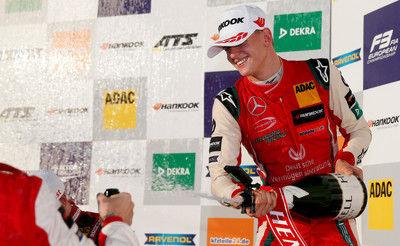 シューマッハ氏の息子ミックがF3年間優勝、次はF1参戦か