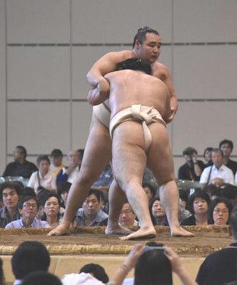 鶴竜ボヤく「巡業盛り上がらない。ちびっ子相撲を」