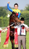 16年ダービー馬マカヒキが札幌記念で復帰骨折完治