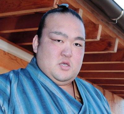 田子ノ浦親方休場稀勢の里の再診明かす場所中も部屋でリハビリ