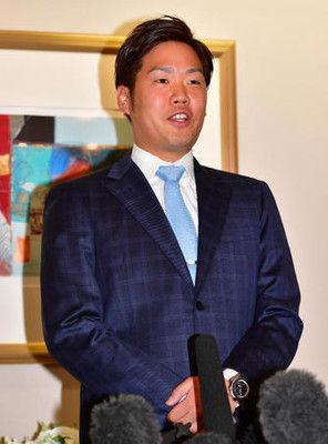FA西、阪神入り表明「ファンを喜ばせたい」