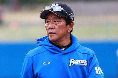 ハム栗山監督と契約延長、中嶋コーチ退団…各球団発表、19日の人事、引退は?
