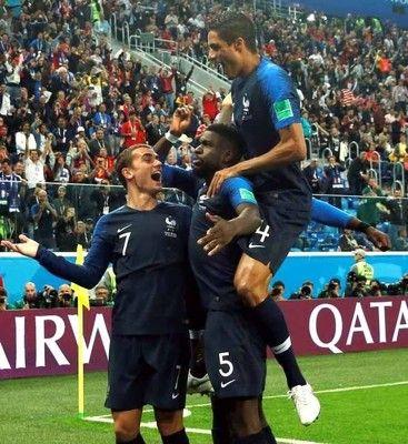 フランス、3大会ぶり決勝!CKからウミティティVヘッド