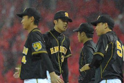 阪神1点リードも…二回終了時点で雨のため中断陽川が先制適時打