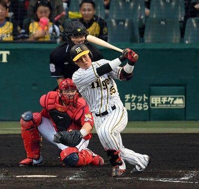 阪神・陽川、原口の適時打で反撃開始3点差に追い上げる