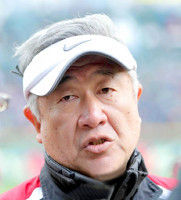 野村克也氏、悪質タックル指示した監督とコーチへ「指示じゃない。ケンカでしょ」