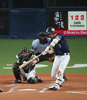 ヤクルト山田哲26号ソロでプロ野球記録王手!バース13戦連続打点にあと1