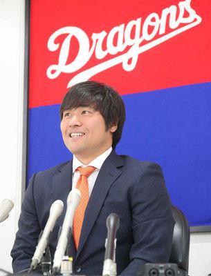 中日・平田6000万円増1・8億円に笑顔「平田良介という選手の土台ができた」